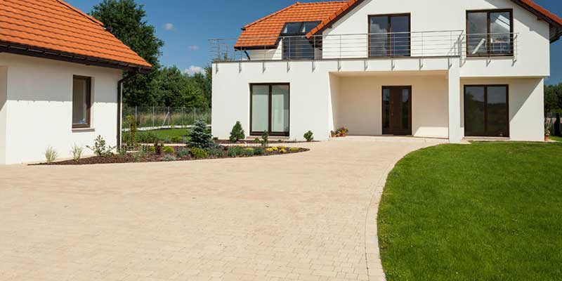 Driveway cleaning hythe southampton patio cleaning for Driveway cleaning companies
